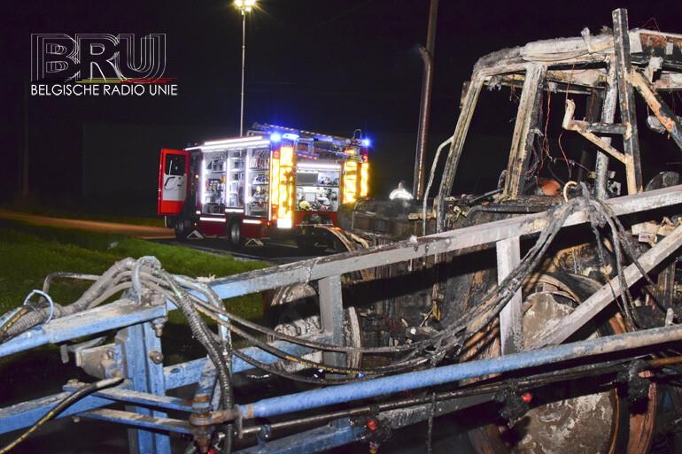 Sproeiwagen uitgebrand in Langemark-Poelkapelle